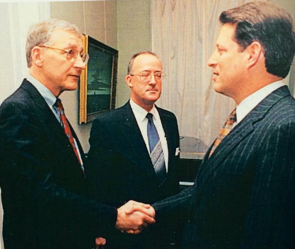 1993-12-13 Al Gore and Tom Johnson